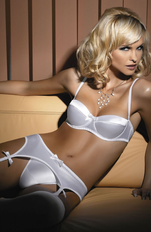 Lucy Suspender Belt White